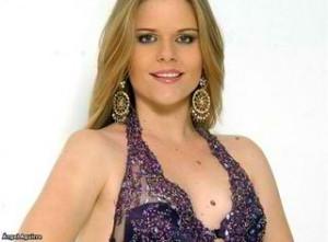 Claudia Schieness Miss Ecuador